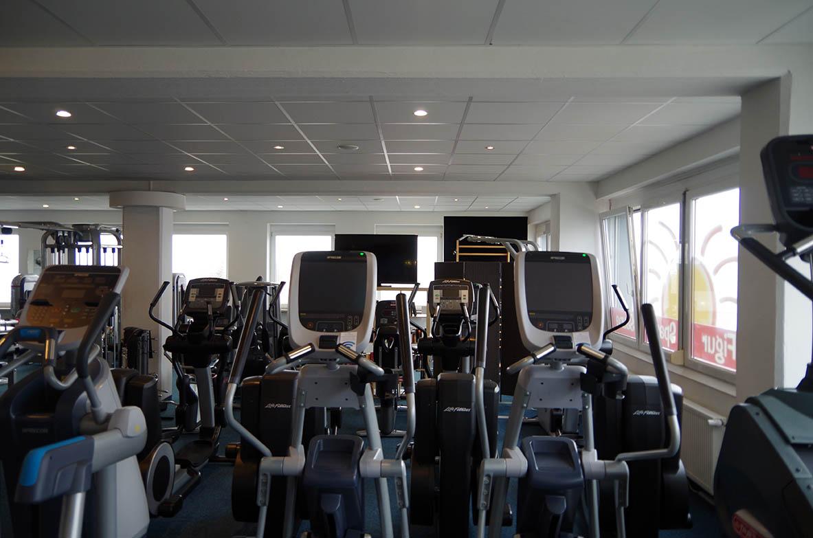 Stärkung der Muskulatur im Gesundheitsclub heimos